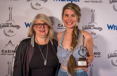 Gala Country : Amélie Hall remporte la Chanson de l'année SOCAN