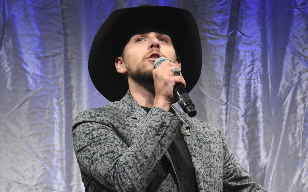 Brett Kissel remporte quatre prix majeurs au gala de l'Association de la musique country canadienne